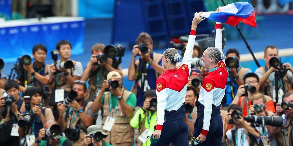 12 незабываемых кадров о победе России в синхронном плавании
