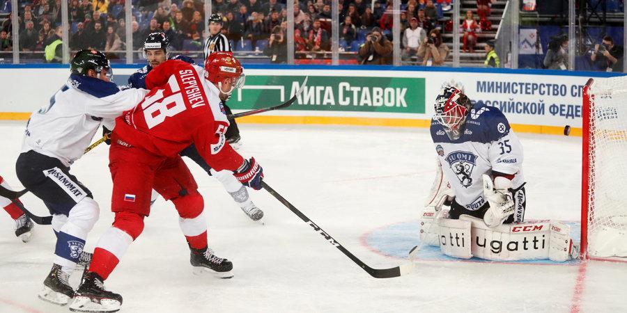 Антон Слепышев: «Матчи на футбольном стадионе – это очень здорово и для хоккея, и для зрителей»