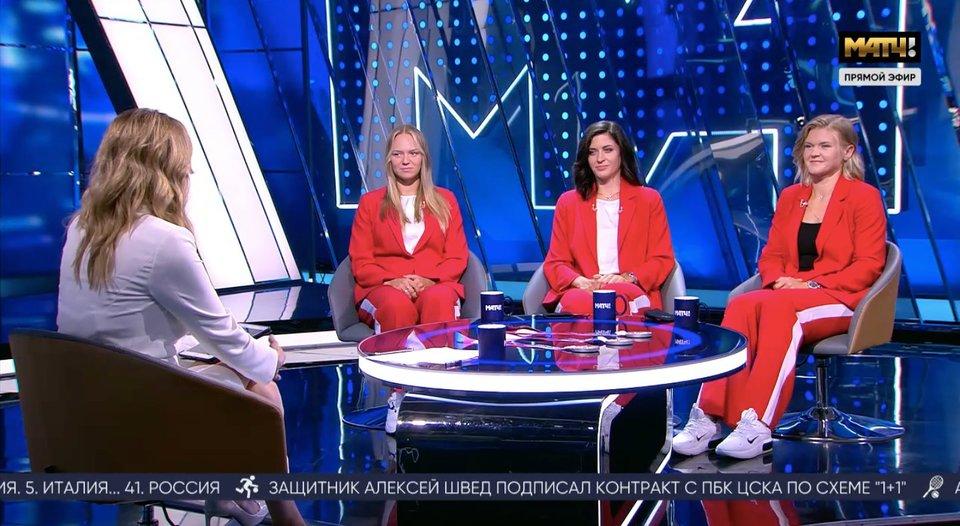 Орябинская, Степанова и Пракатень принесли России серебро Токио в академической гребле — и пришли с ним в студию «Все на Матч!»