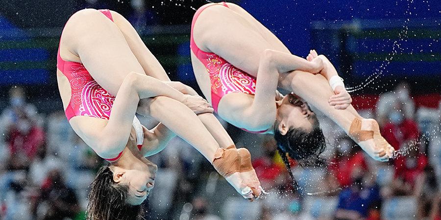 Китаянки победили в синхронных прыжках с трамплина на Олимпиаде, Канада — 2-я