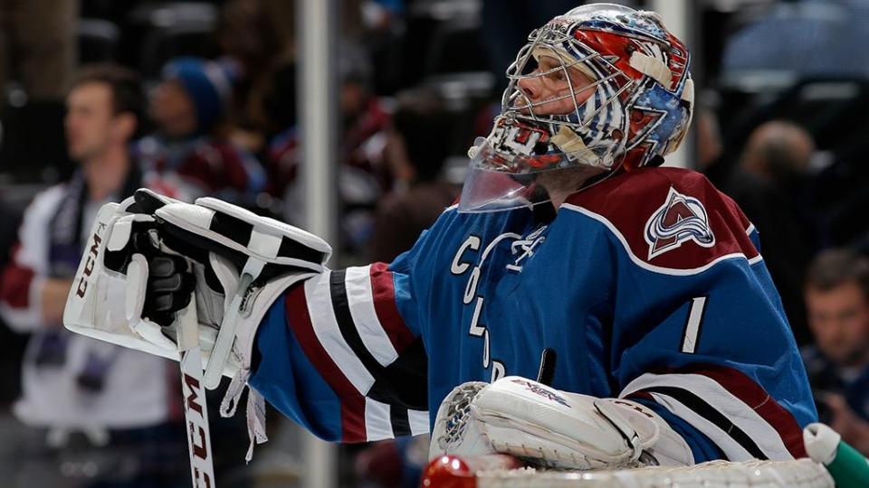 Семен Варламов стал 1-й звездой матча НХЛ с«Каролиной», отразив 57 бросков