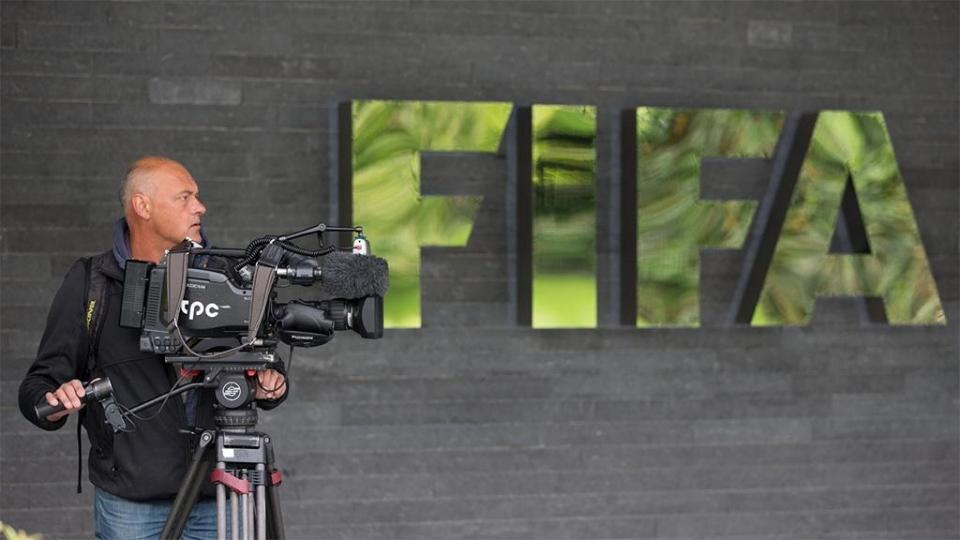 ФИФА пожизненно отстранила экс-главу Футбольной ассоциации Ганы за взятки