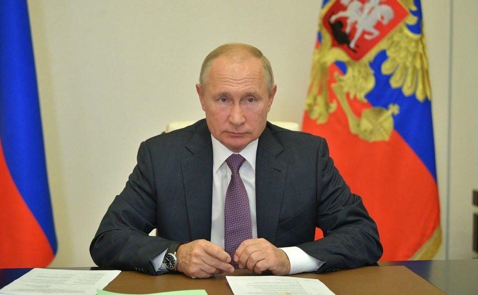 Путин поздравил Абуладзе с победой на ЧМ