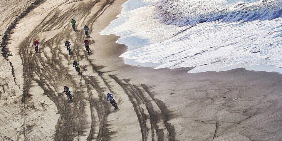 Француз Метге победил на 9-м этапе «Дакара» в зачете мотоциклов