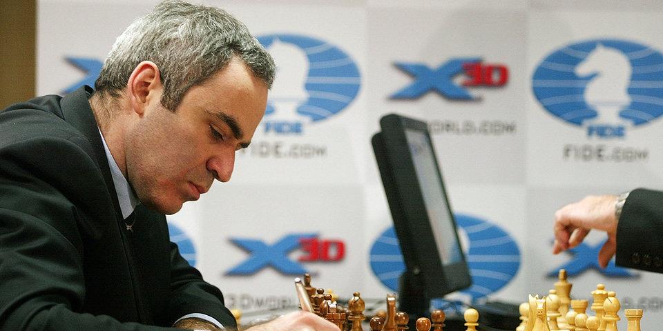 Каспаров ничьей завершил вторую партию в Сент-Луисе, Карякин и Непомнящий добились побед