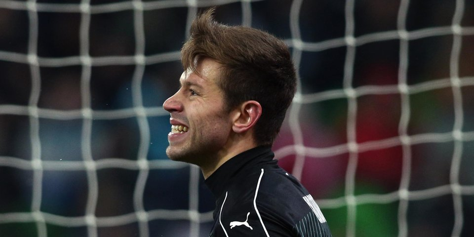 Гранквист ломает соперника, Смолов забивает пятый гол в Лиге Европы