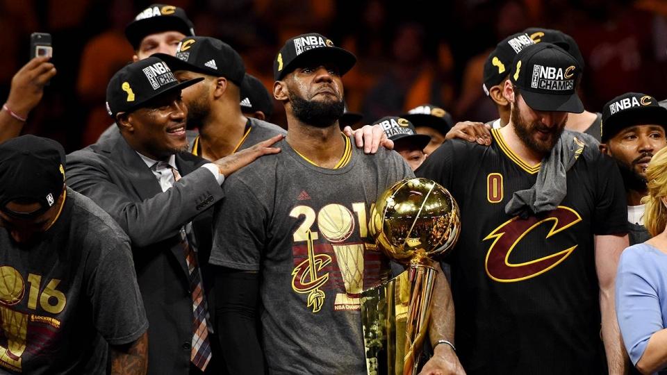 Леброн в 4-й раз подряд стал самым богатым игроком НБА