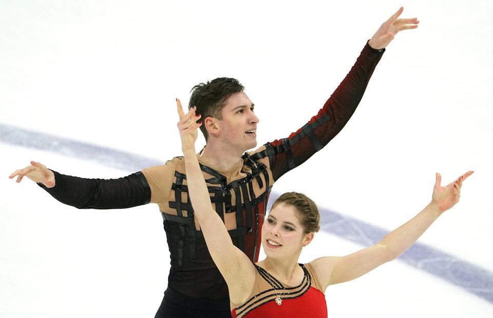 Мишина и Галлямов выиграли произвольную программу на командном чемпионате мира