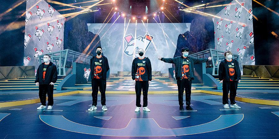 Virtus.pro прошла в полуфинал The International 10. Российская команда заработает минимум 1,4 миллиона долларов