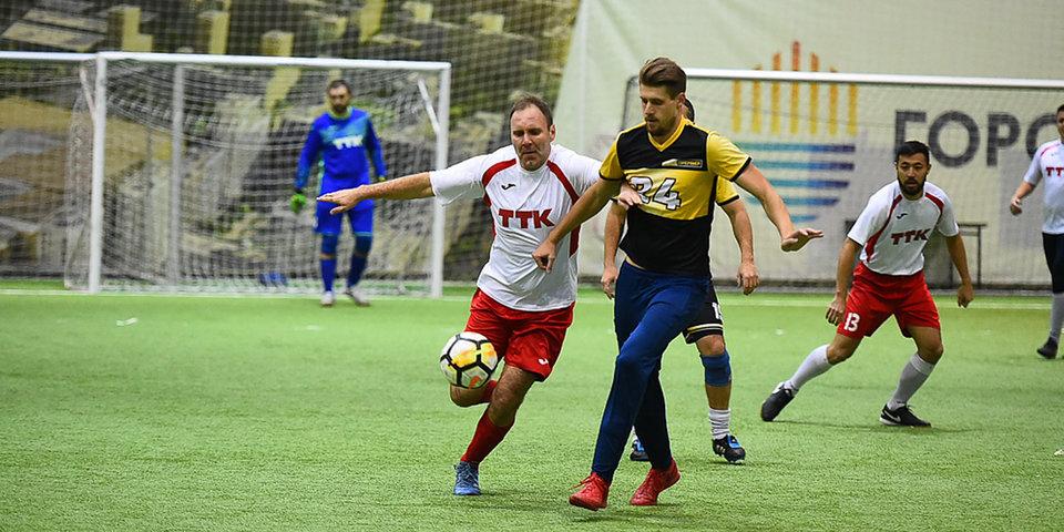 Дубль Томма помог команде «Матч Премьер» разгромить «ТрансТелеКом» в «Лиге Чемпионов Бизнеса»