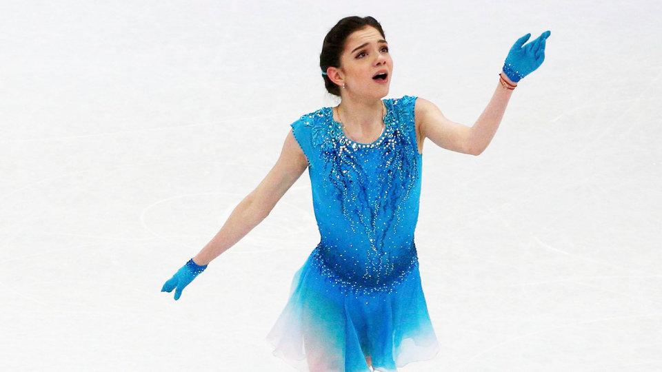 Медведева побила рекорд мира в короткой программе на командном ЧМ
