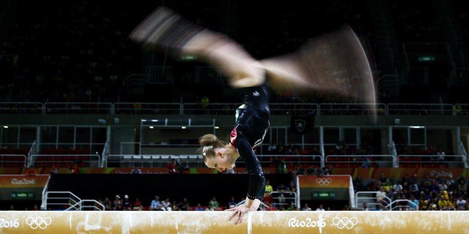 «Самые большие призовые — 1000 евро. Накупила купальников». Как гимнастка из Вологды выступает на Олимпиаде за Исландию
