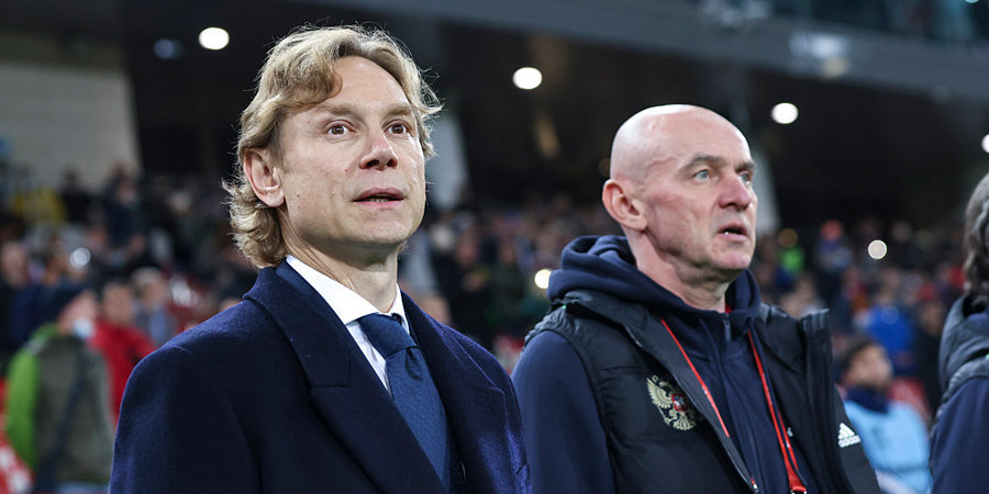 Виктор Онопко: «Беседа, которую Карпин провел после матча со Словакией, положительно повлияла на команду»