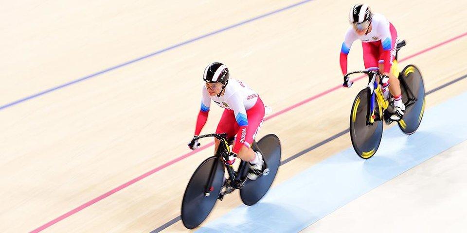 «Это очень дорогая медаль, столько слез было». Девушки, которые принесли России серебро в велотреке