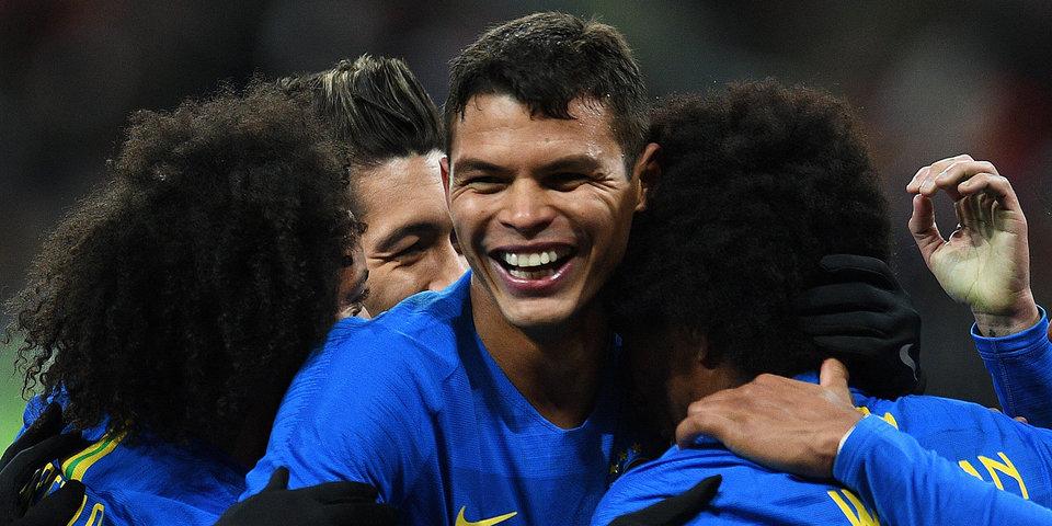 «Полон амбиций сыграть на ЧМ-2022 и вернуть трофей в Бразилию». 36-летний Силва — о своей главной цели
