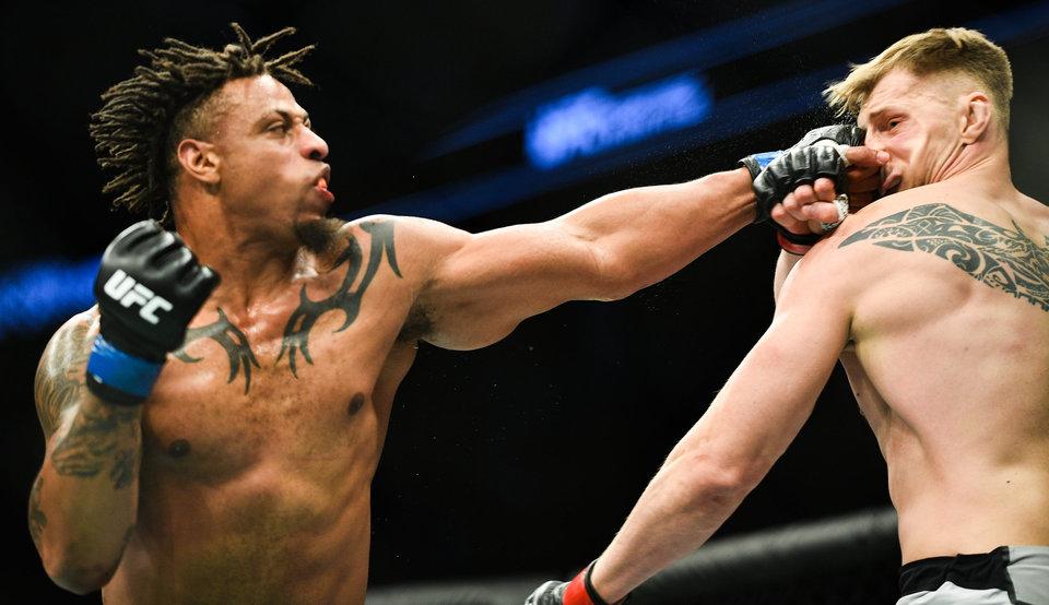Тяжеловес UFC хочет перейти в бокс и нокаутировать Джошуа, Фьюри и Уайлдера