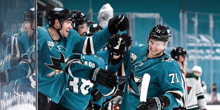 Защитник Кныжов поделился эмоциями после первой заброшенной шайбы в НХЛ