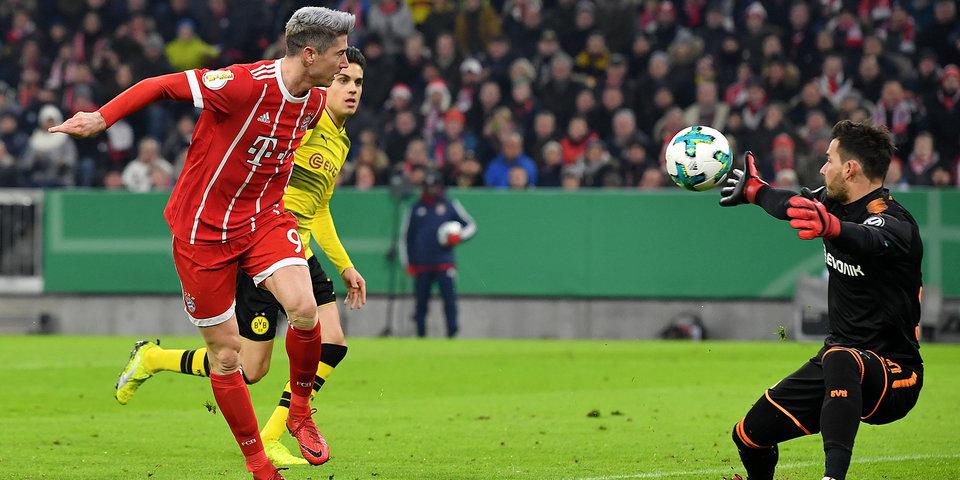«Бавария» выбивает «Боруссию» из Кубка Германии. Голы и лучшие моменты