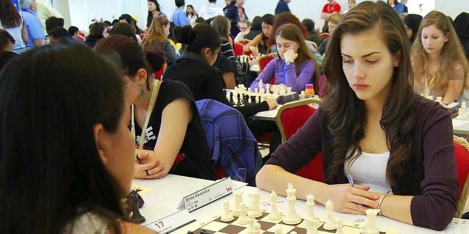Самая красивая шахматистка мира