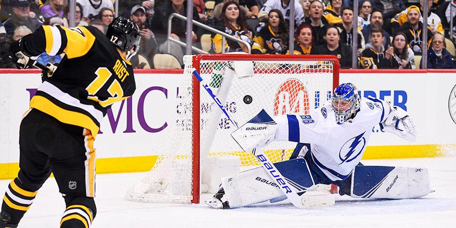 Василевский – лучший игрок матча, Шестеркин установил рекорд, игрок «Сент-Луиса» перенес сердечный приступ. Обзор дня НХЛ
