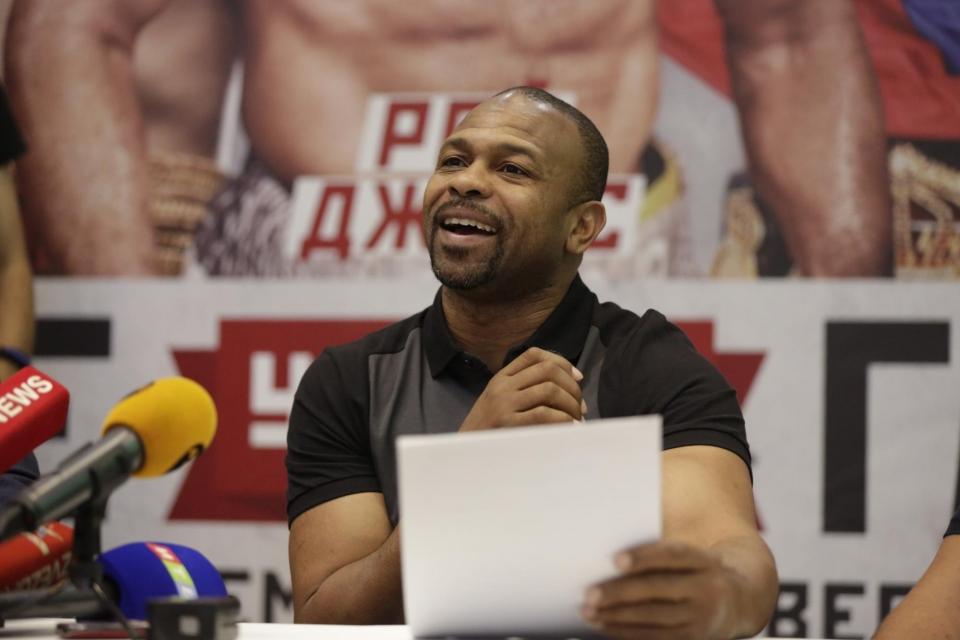 «Ригондо несможет одолеть Ломаченко решением судей»— Боб Арум