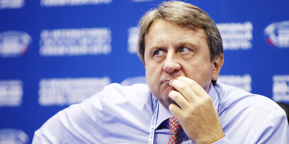 Евгений Муравьев: «Судья стоял слишком близко, чтобы увидеть нарушение? Это неслыханно!»