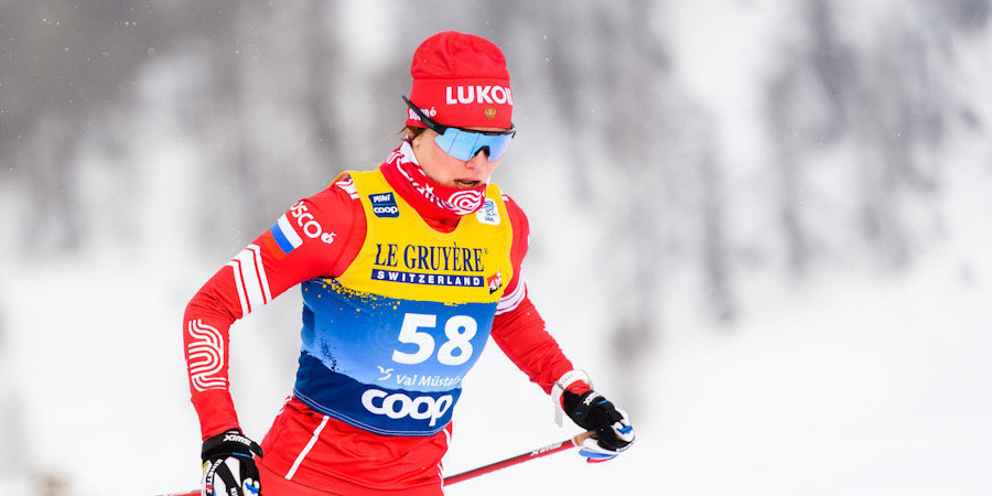 Фалеева выиграла спринт на ЮЧМ за счет падения чешки в створе. Позже судьи лишили россиянку награды