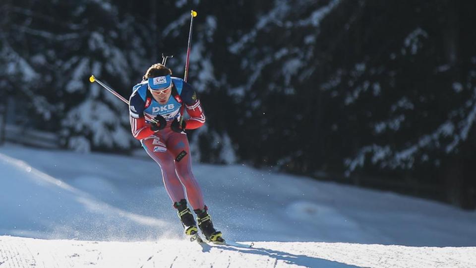 Шипулин — лучший на лыжне среди россиян, Шопин уступил Фуркаду больше трех минут