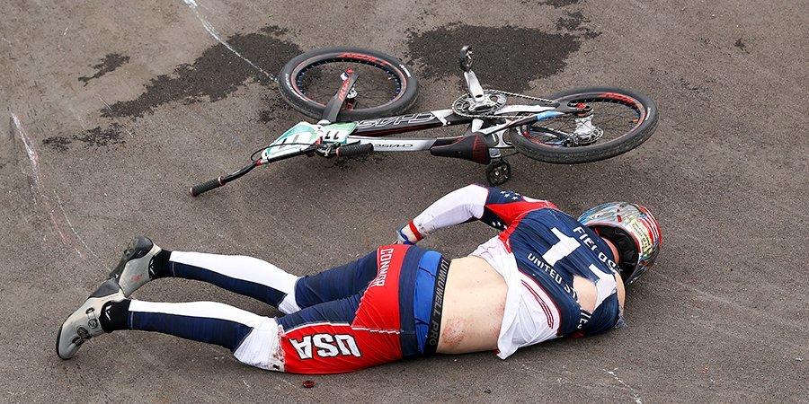 Велогонщик Филдс избежал травм головного мозга после падения в полуфинале Игр