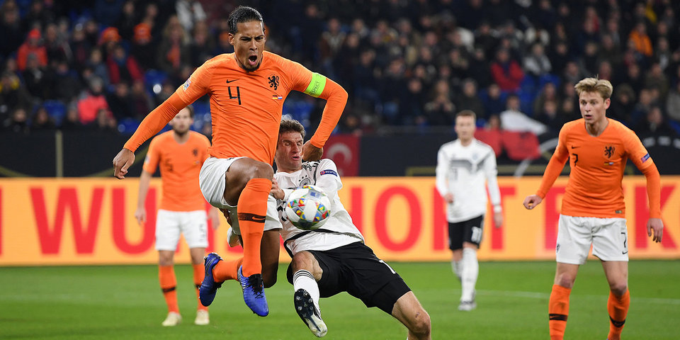 Голландия за 5 минут спасла матч с Германией, проигрывая 0:2. Французы в шоке. Смотрим голы
