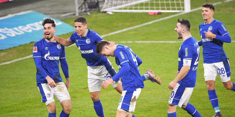 «Шальке» может отказаться от места в кибеспортивной лиге из-за плохих результатов в Бундеслиге
