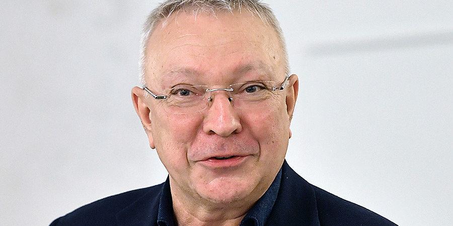 «В своей жизни я сыграл единственный договорной матч». Интервью Юрия Белоуса, которому сегодня 60