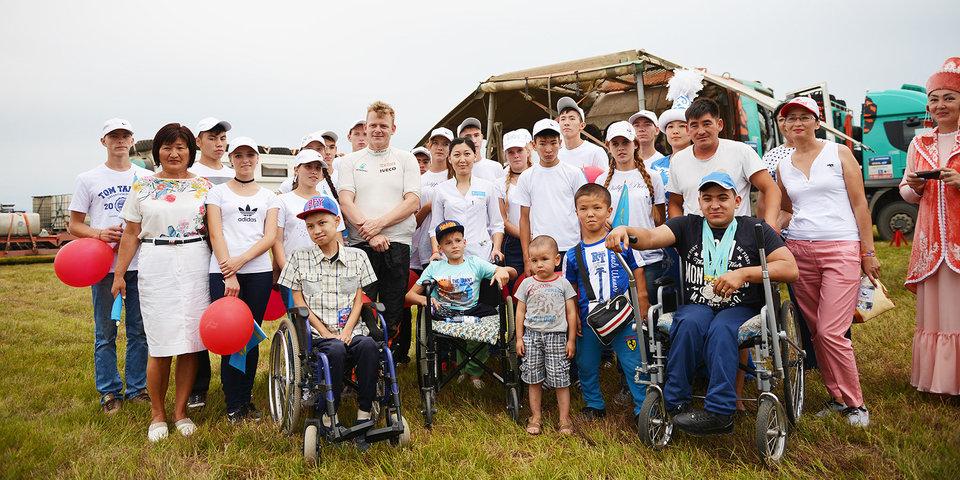 Организаторы «Шелкового пути» провели экскурсию для детей-сирот