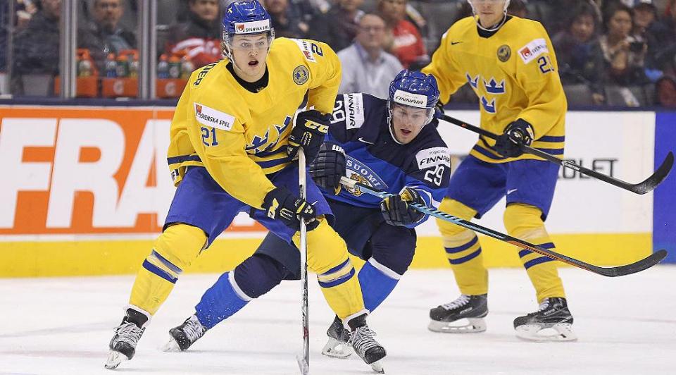 Шведы нанесли поражение чехам в матче Кубка Карьяла