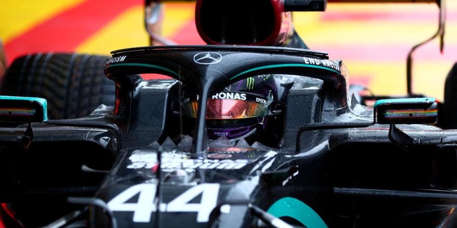 Хэмилтон взял поул на Гран-при Испании, Квят снова уступил Гасли