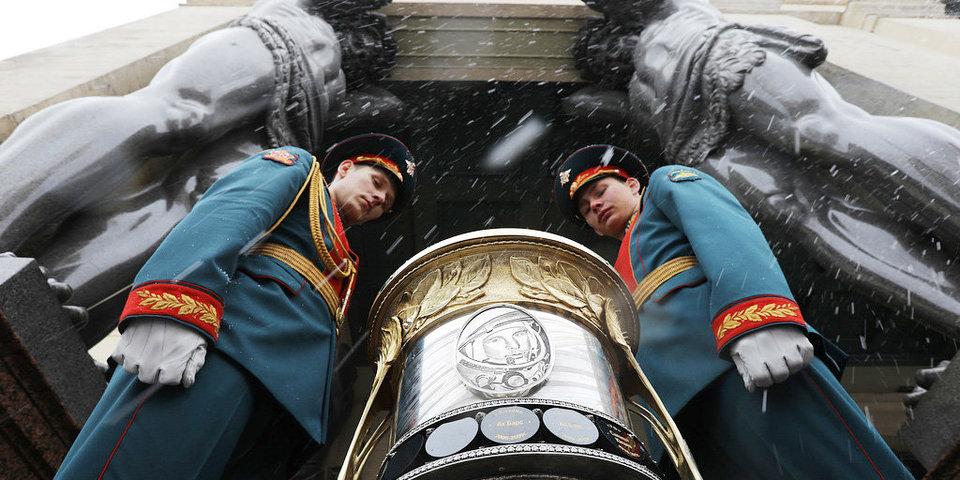 Кубок Гагарина на улицах Петербурга