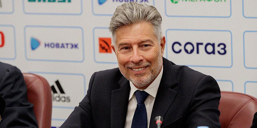 Перейра возглавил департамент судейства РФС, антирекорд «Барселоны» и другие ночные новости