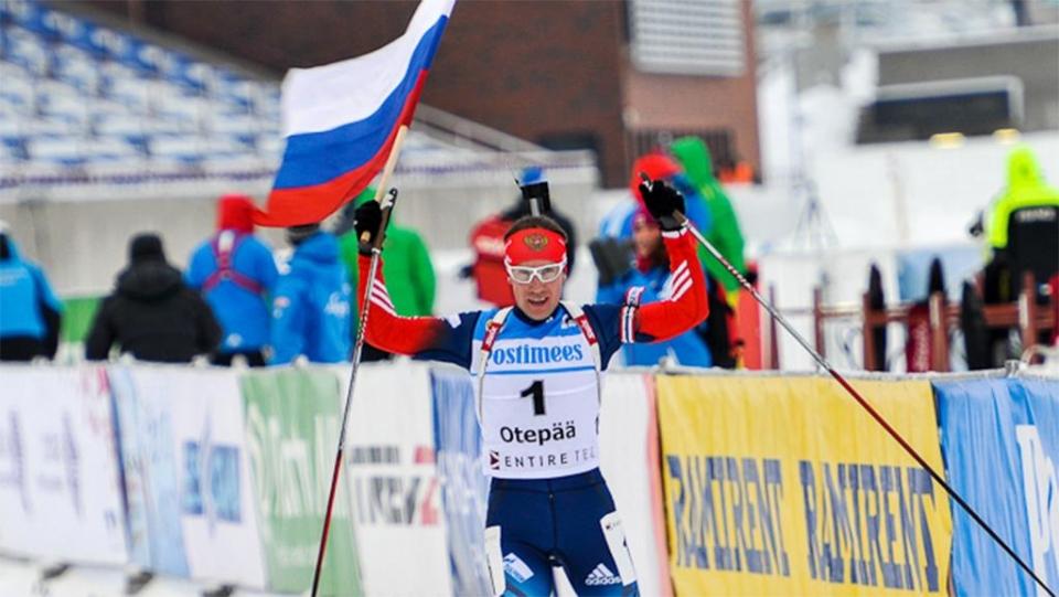 Российские биатлонисты выиграли смешанную эстафету в Италии