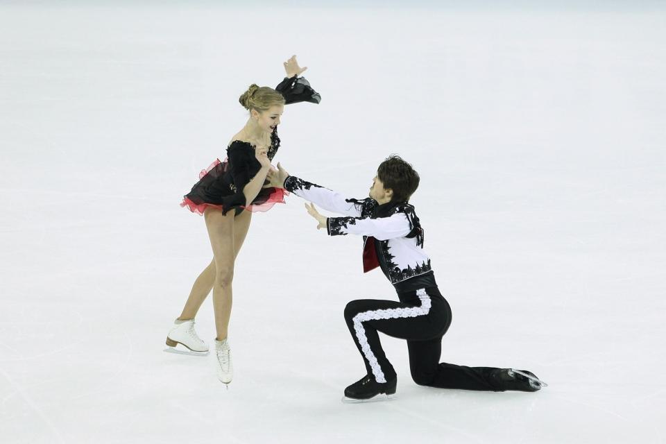 Степанова и Букин стали третьими во Франции, Пападакис и Сизерон обновили свои мировые рекорды