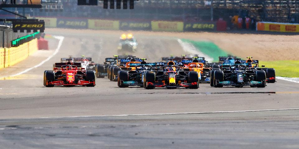 Хаугер выиграл третью гонку «Ф-3» в Венгрии под дождем