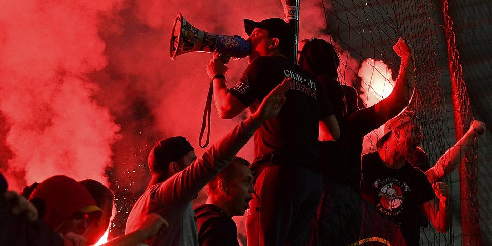 УЕФА запретил продажу билетов на матч с «Севильей» болельщикам «Спартака» после беспорядков в Мариборе