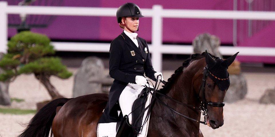 Немка Джессика фон Бредов-Верндль завоевала золото Олимпиады в соревнованиях по выездке