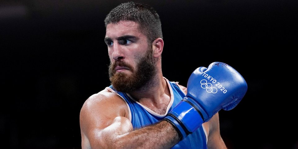 Источник: Олимпийский турнир по боксу остановлен из-за нежелания Алиева покинуть ринг