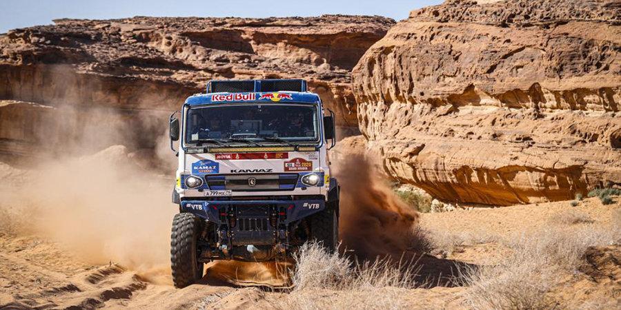 Каргинов стал победителем 7-го этапа «Дакара» в зачете грузовиков