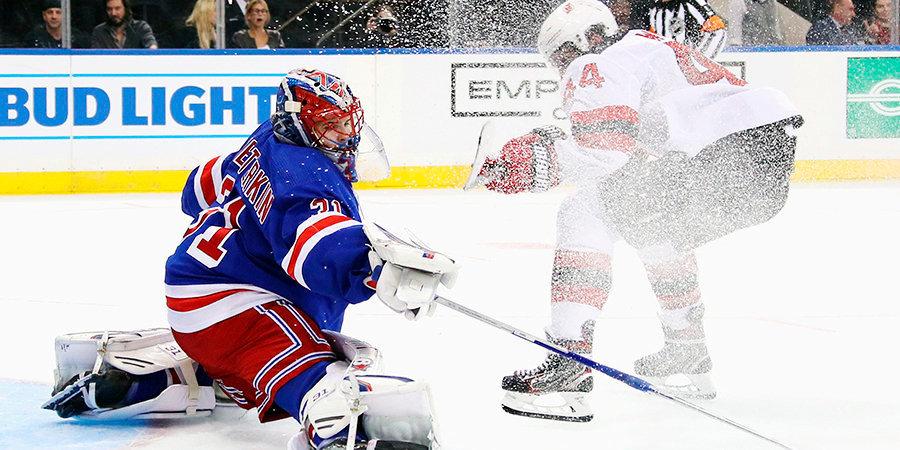 Шестеркин — лучший вратарь лиги, Голдобина и Коршкова пора поднимать в НХЛ. Главные россияне в АХЛ