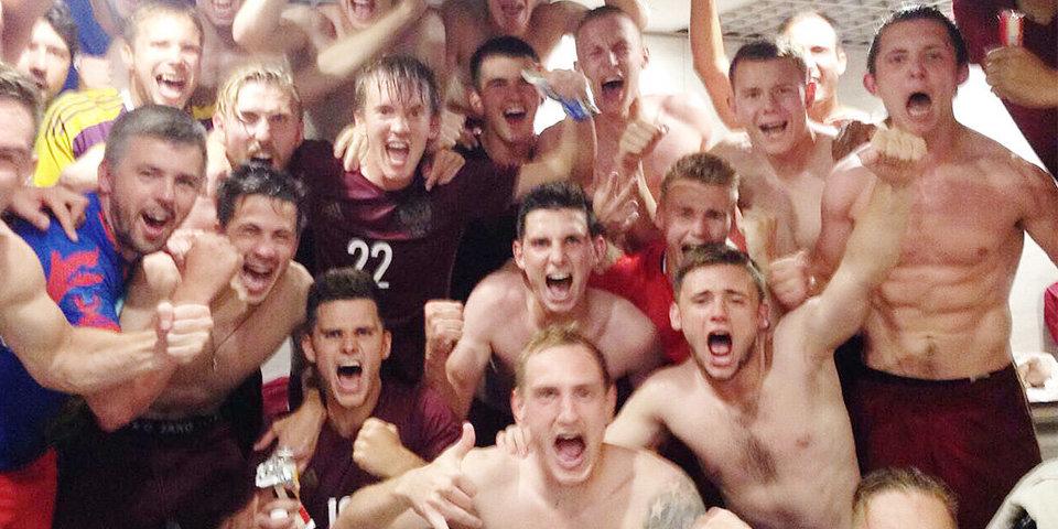 Российские футболисты одержали победу над Бразилией на Универсиаде