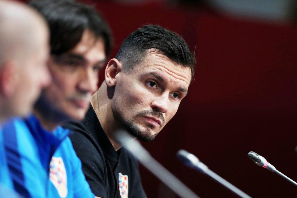 УЕФА дисквалифицировал Ловрена за удар в голову Серхио Рамоса в ноябре