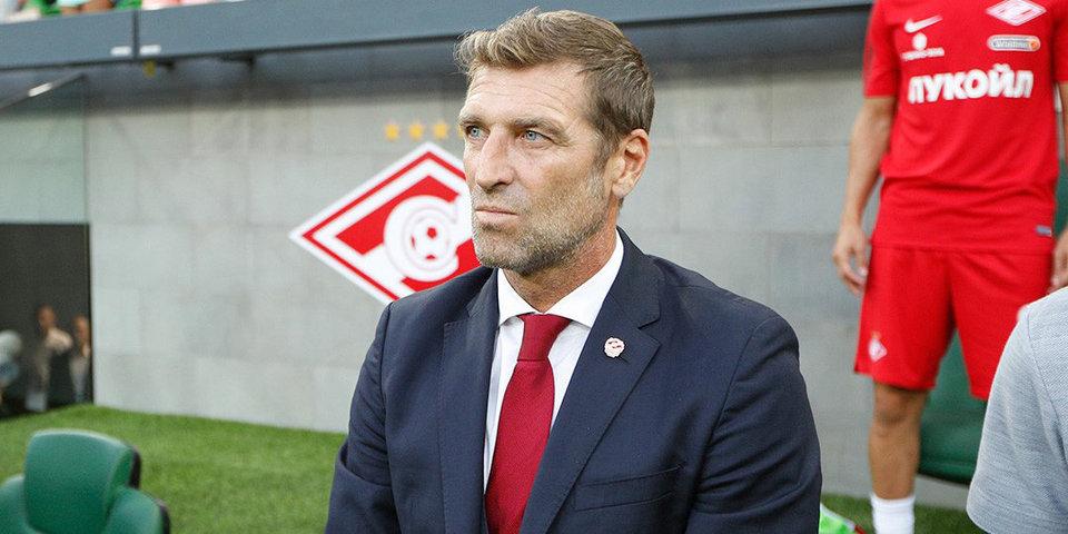 Каррера назвал болельщиков ЦСКА неадекватными, комментируя ситуацию с баннером в свой адрес