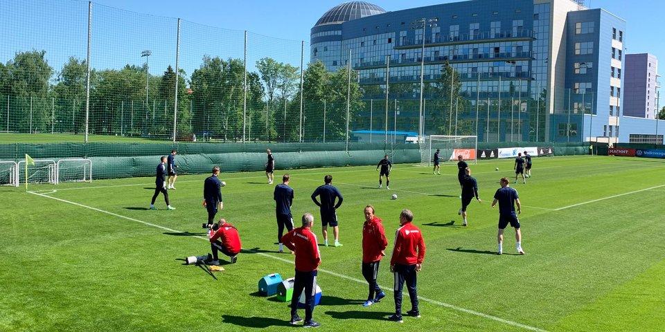 Сборная России проводит тренировку в Новогорске, Самошников работает по индивидуальной программе