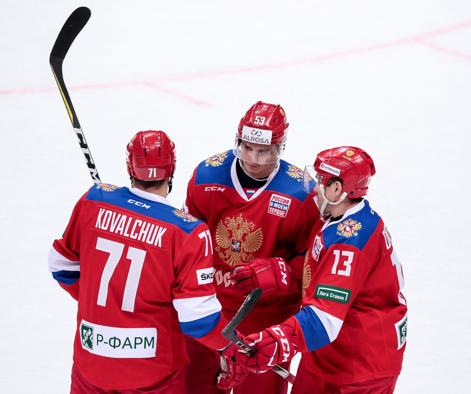Болельщики раскупили все билеты на матч российских хоккеистов со сборной США